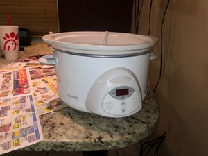 White crock pot for Sale in Aurora, CO