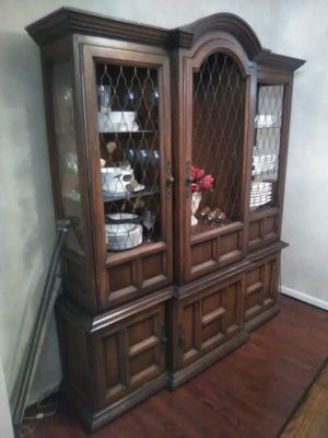 Beautiful Wood China Cabinet and Hutch for Sale in Alexandria, VA