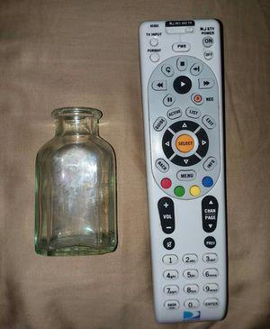 Antique glass medicine bottle for Sale in Rodessa, LA