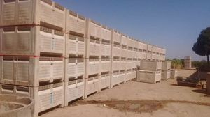 Bins horse feeder condition 65 each for Sale in Dinuba, CA