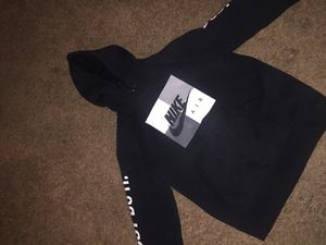 3aa4b68de53 Nike hoodie size medium for Sale in Redwood City