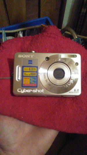 Sony Cybershot 6.o Digital camera. for Sale in Tampa, FL