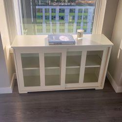 Dresser (Off White) for Sale in Bellevue,  WA