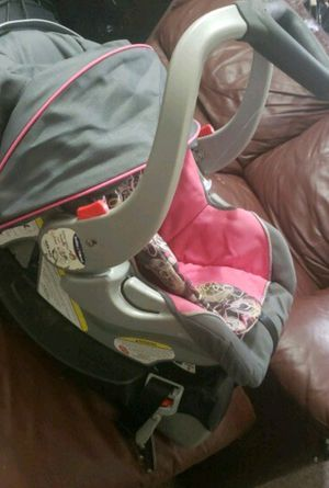 Baby Trend Infant Car Seat for Sale in Laredo, TX