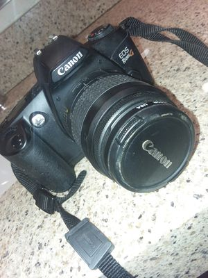 Canon EOS Rebel G 35mm Film SLR Camera with 35-80mm Lens for Sale in Columbus, OH