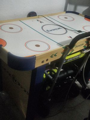 Harvil Air Hockey Table for Sale in Riverview, FL