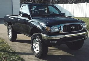I'm selling my '01 Toyota Tacoma! for Sale in Newark, NJ