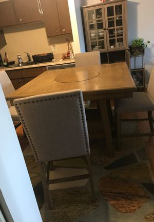 Kitchen Table, Carpet, China cabinet and TV stand for Sale in Everett, MA