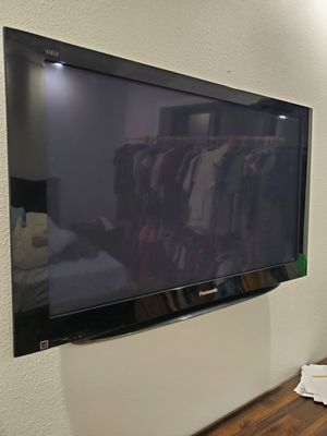 "Panasonic Tv 42"" for Sale in Dade City, FL"