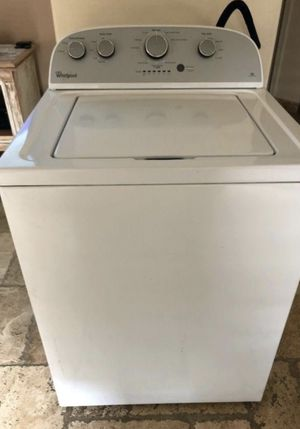 Whirlpool top load washer for Sale in Moline, IL
