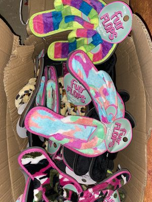 $1 a piece flip flops for Sale in Clinton Township, MI