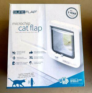 Cat Door with Microchip Scanner for Sale in San Jose, CA