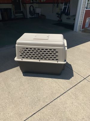 Dog Kennel like new for Sale in Hinckley, OH