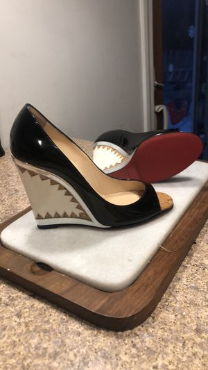 Christian Louboutin Wedges !!! Size 8 for Sale in Edgewater, NJ
