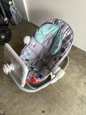 Fisherprice baby seat/ lounge for Sale in Lynnwood, WA