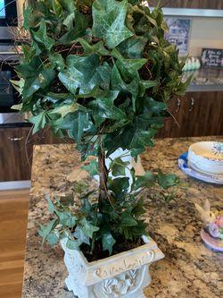Topiary planter for Sale in Auburn,  WA