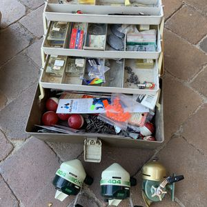 fishing tackle box for Sale in Garden Grove, CA