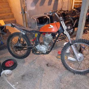 Honda 125 Indero. Need Work. Min Harley Davidson. 110 CC........ for Sale in Fresno, CA