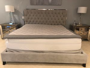 Sleep Number bed with AC Heat Temp control for Sale in Portland, OR