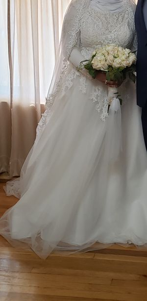 Wedding dress for Sale in Dearborn Heights, MI
