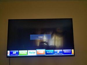 Vizio tv 55 inch for Sale in Columbus, OH