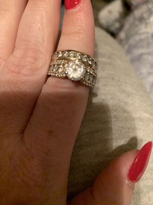 Wedding ring set for Sale in Columbus, OH