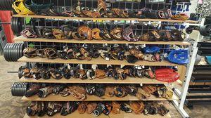 Baseball / softball glove for Sale in Mesa, AZ