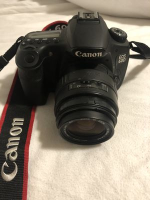Canon ESO 60D Digital Camera for Sale in Lynnwood, WA