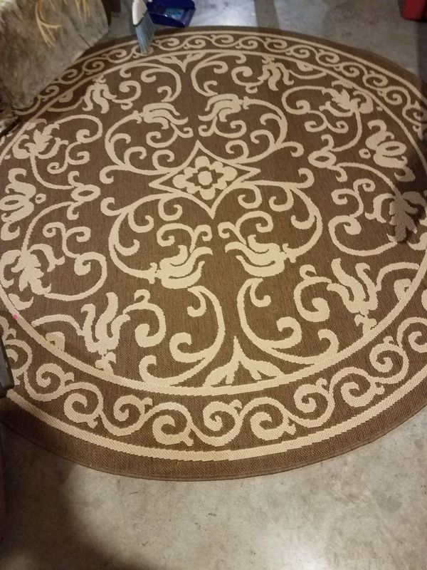Indoor outdoor large round rug