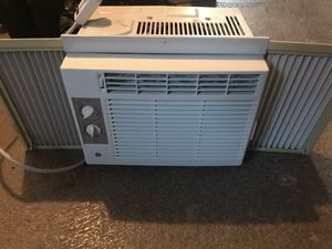 Window AC unit for Sale in GRANDVIEW, OH