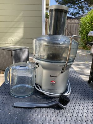 Juicer Breville Juice fountain compact for Sale in Walnut Creek, CA