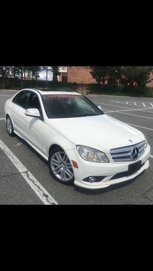 2009 MERCEDES BENZ C300 4WD for Sale in Silver Spring, MD