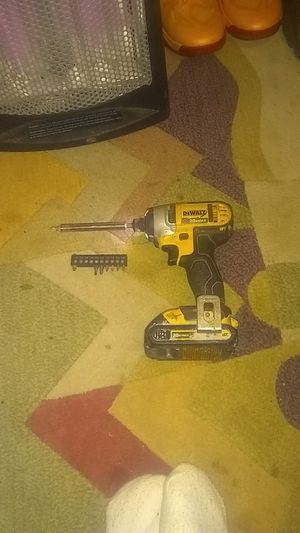 Dewalts drill and heads, no charger for Sale in Kansas City, MO