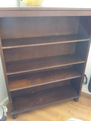 Bookshelve for Sale in Madera, CA