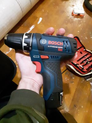 Brand New 12v Bosch Drill/Driver for Sale in Duluth, MN
