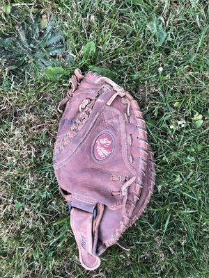 No Kona softball catchers glove for Sale in Molalla, OR