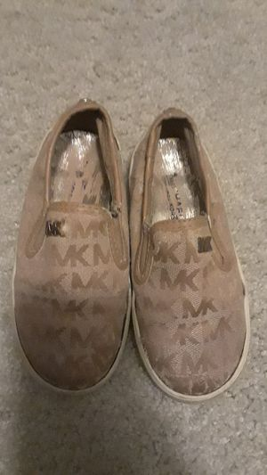 Mk Michael kors slip on casual shoes size 9c girls for Sale in Houston, TX
