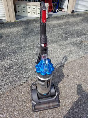 Dyson vacuum for Sale in Ballwin, MO