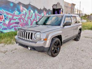 2015 Jeep Patriot $8500 for Sale in Miami, FL