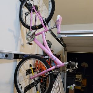 Trek Pink Bike for Sale in Mechanicsville, MD