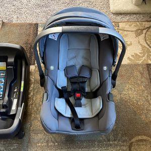 Nuna Pipa Car seat And Base for Sale in Puyallup, WA