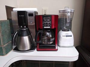 Coffe maker /blender for Sale in Cleveland, OH