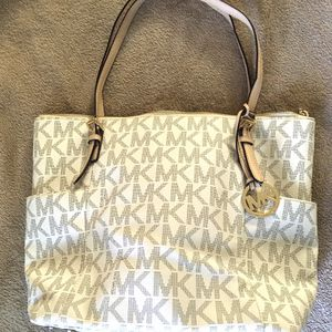Michael Kors Purse With Protective Bag for Sale in Fort Lauderdale, FL