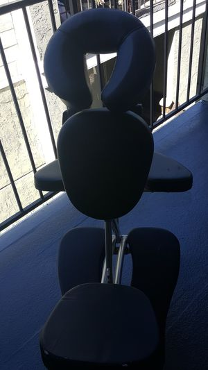 Earthlite professional massage chair for Sale in El Cajon, CA
