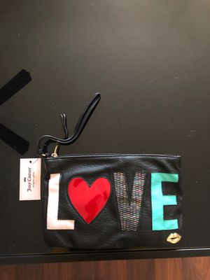 Juicy Couture Wristlet for Sale in Crestwood, IL
