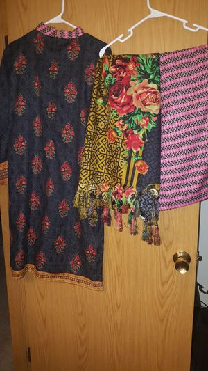 Pakistan/Indian cotton shawl duppatta 3 piece suit for winter for Sale in Lynnwood, WA