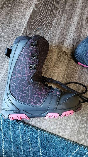 Women thirtytwo snowboarding boots for Sale in Denver, CO