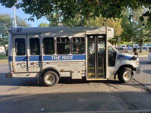 2013 Ford E350 Cutaway Shutter Bus (LOW MILEAGE). for Sale in Lynn, MA