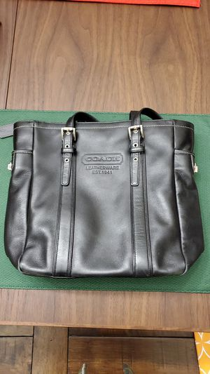 Authentic Coach purse for Sale in Pinole, CA