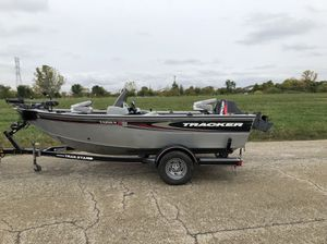 Tracker Fishing Boat for Sale in Lockport, IL